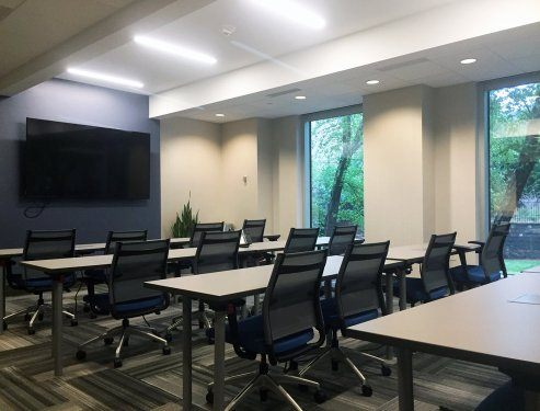 Person Training Room For Rent In DunwoodyPerimeter Peachtree - 16 person conference table